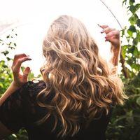 Plantamos cara a la caída del cabello con unos simples consejos