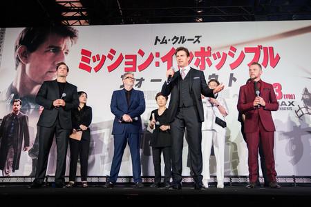 Tom Cruise Nos Muestra Como Llevar Un Traje De Tres Piezas Y Que Luzca Como Nunca 3