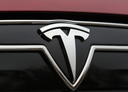 El Tesla Model 3 se presentará en marzo, y podría hacer temblar al BMW M3