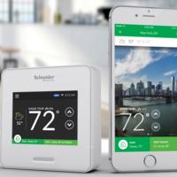 Nuevas funciones para el termostato de Schneider que ahora además aprende de nuestro uso