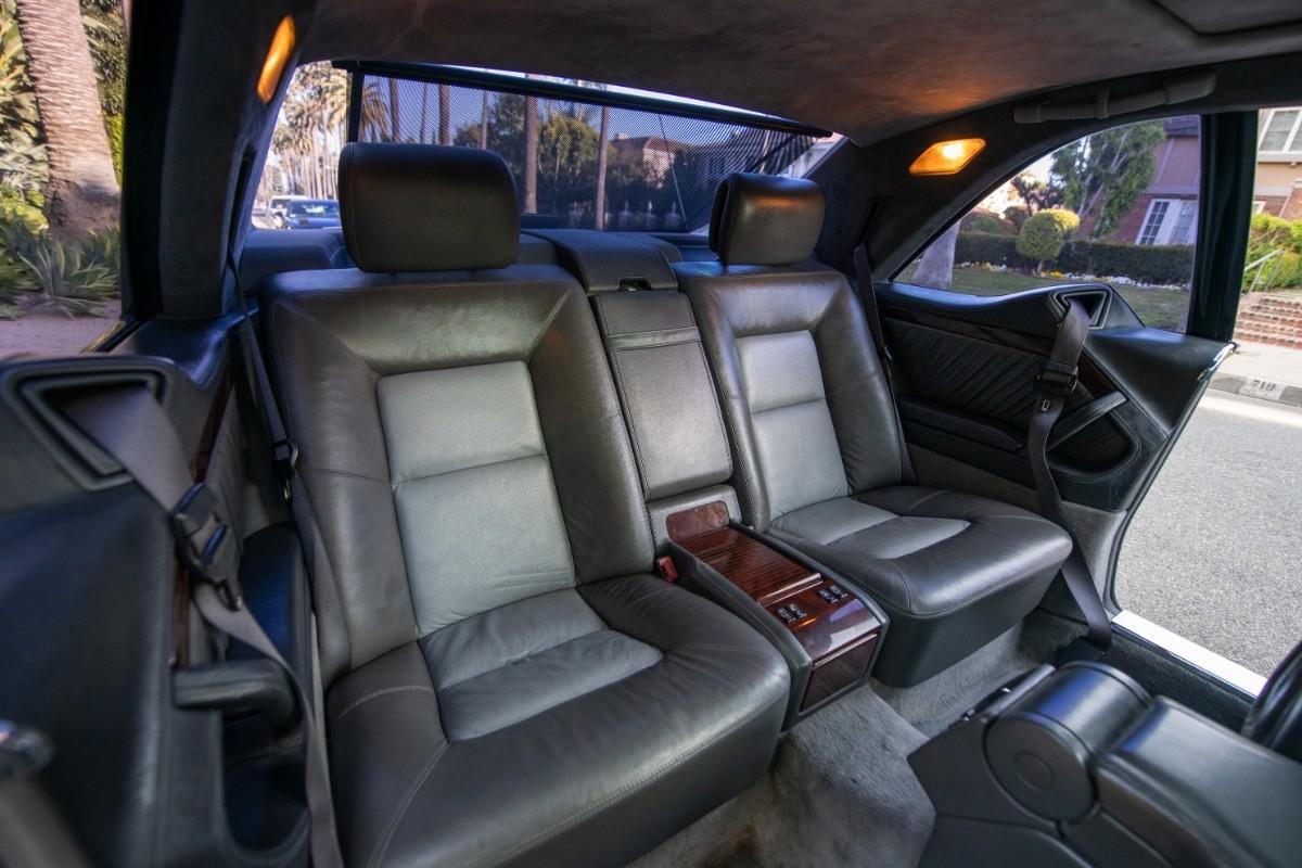 Foto de El Mercedes Benz S600 Lorinser de Michael Jordan, a subasta (16/18)