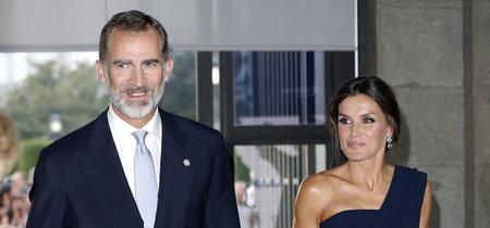 Doña Letizia deslumbra con su look de fiesta