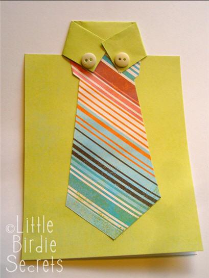 Tarjeta corbata amarilla