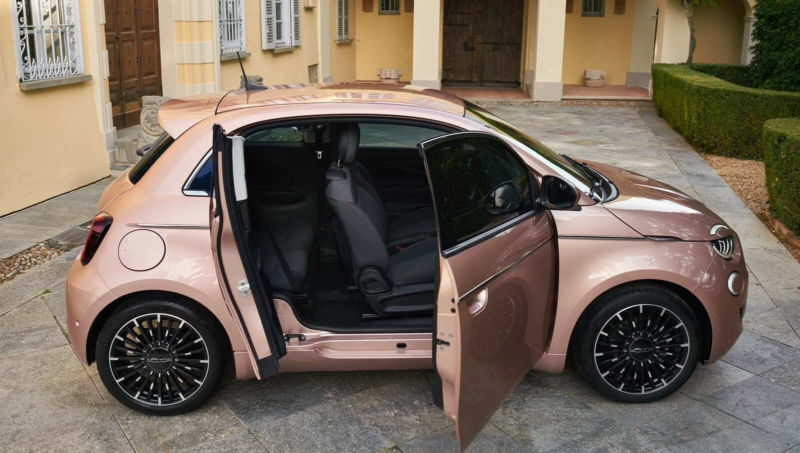 Foto de Fiat 500 3+1 (1/24)