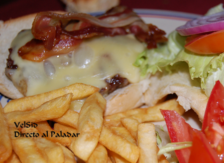 hamburguesa_intoxicacion_name.png