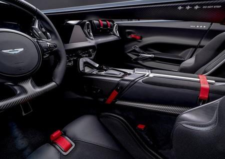 Aston Martin V12 Speedster 2021 1280 09