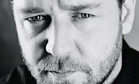 Guy Ritchie quiere enfrentar a Robert Downey Jr. con Russell Crowe