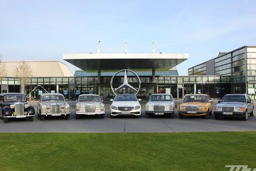 ¿Qué se siente al conducir 70 años de Mercedes-Benz Clase E en 48 horas?