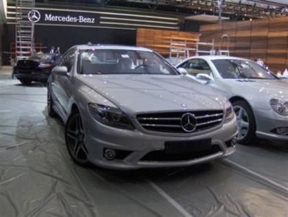 Misterio resuelto, el Mercedes CL 65 AMG es el que se esconde bajo la sábana