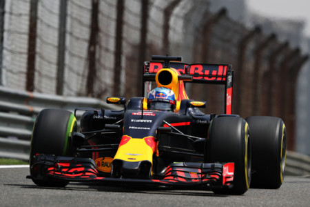 Ricciardo Libres Reb China 2016