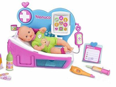 Set de Famosa Nenuco Doctora, ¿Por Qué Llora? a la venta por 41,17 euros en Amazon con envío gratis