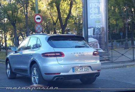 Porsche Macan: ¿dando un paseo navideño por Madrid?
