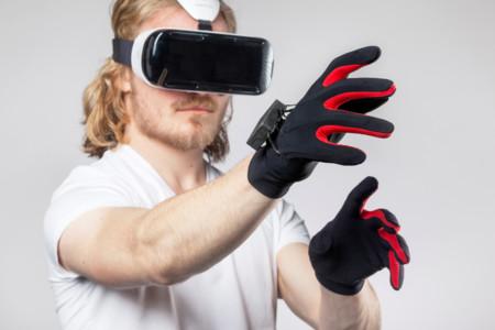 Con estos guantes tus manos ya pueden formar parte de la realidad virtual