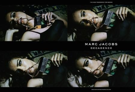 ¡Ya está aquí! La campaña con Adriana Lima para Marc Jacobs. Decande es el perfume