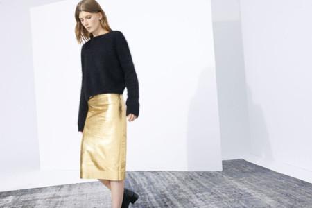 La falda de piel metálica perfecta [ Los 50 flechazos del verano ]