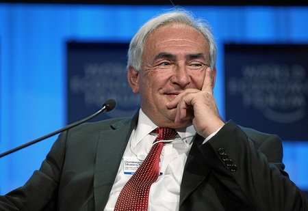 Dominique Strauss-Kahn, Director General del Fondo Monetario Internacional bajo proceso judicial