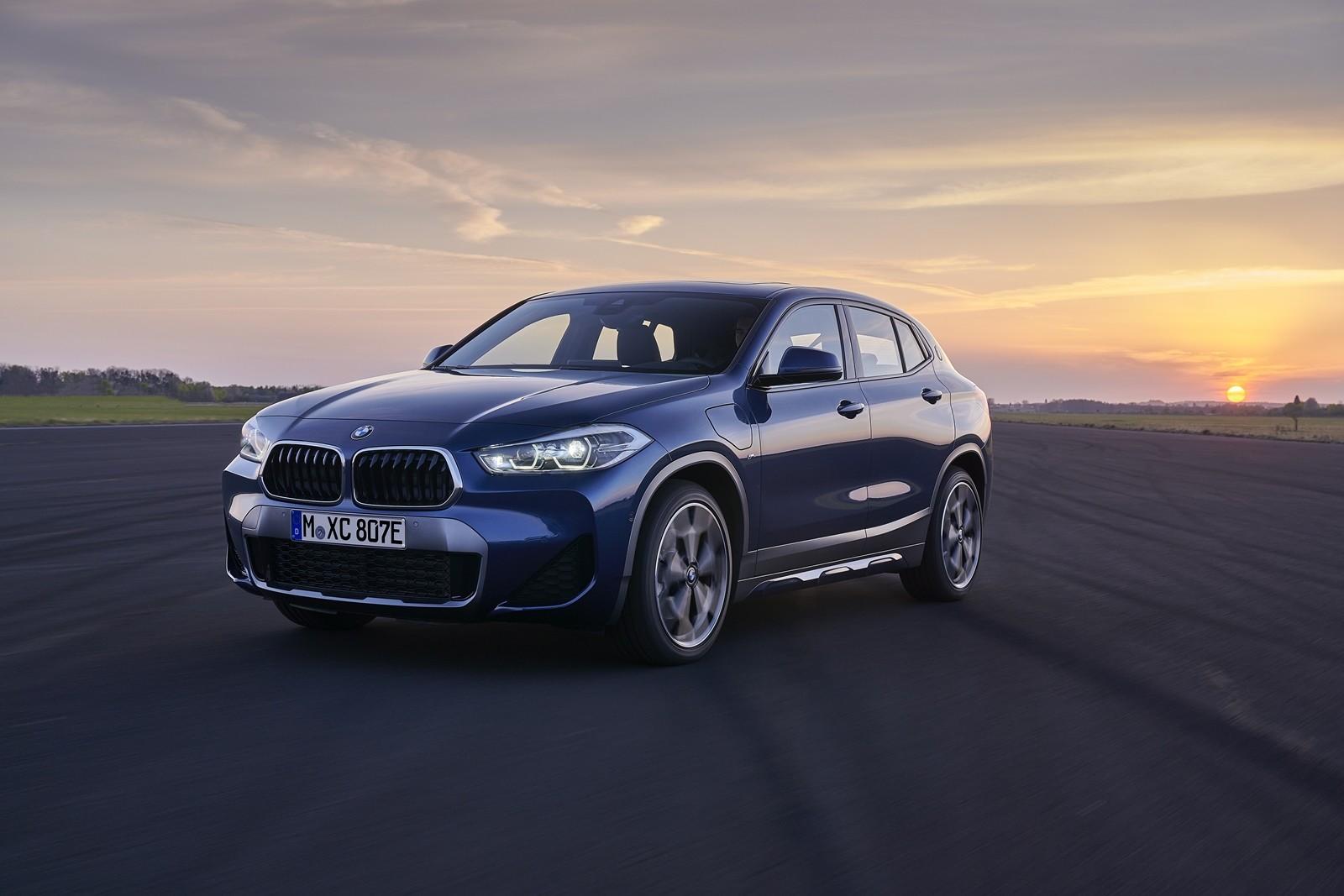 Foto de BMW X2 xDrive25e 2021 (26/53)
