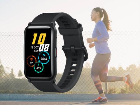 Aprovecha este cupón de Amazon para conseguir el nuevo smartwatch Honor Watch ES por 89 euros: diseño estilizado y 95 deportes