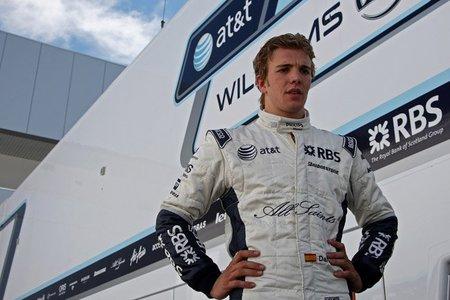 Dani Clos con HRT en los test para jóvenes pilotos de Abu Dhabi