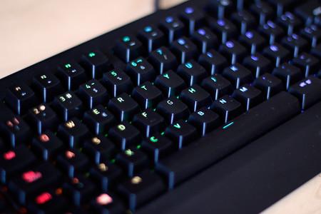 Razer Blackwidow Chroma v2, análisis: este teclado mecánico para gamers es mucho más que luz y color