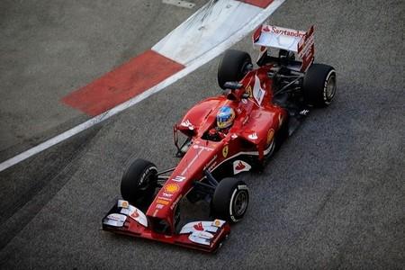 Segunda posición de Fernando Alonso en Singapur gracias a su determinación y estrategia