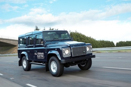 Land Rover Defender Electric