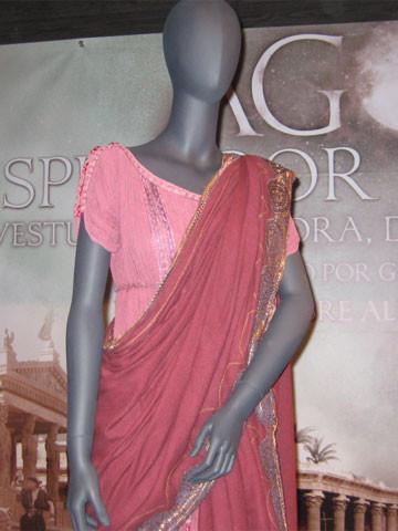El vestido de Rachel Weisz en Ágora a subasta