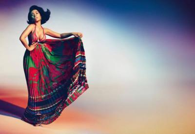 Créetelo, Nicki Minaj protagoniza  la campaña Primavera-Verano 2015 de Roberto Cavalli