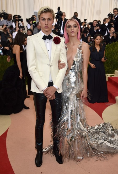 Met Gala 2016 Lucky Blue And Pyper Smith Wearing Hm