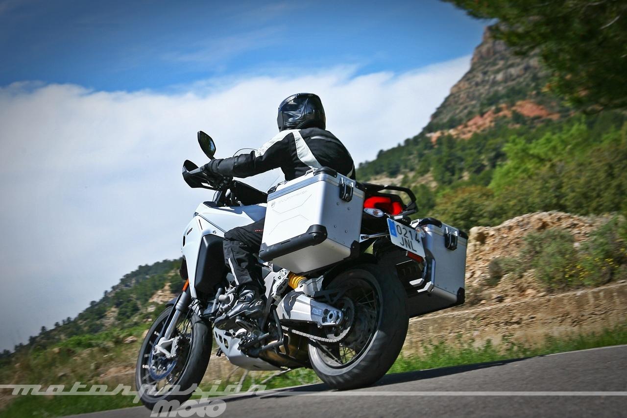 Foto de Ducati Multistrada 1200 Enduro - Acción (20/37)