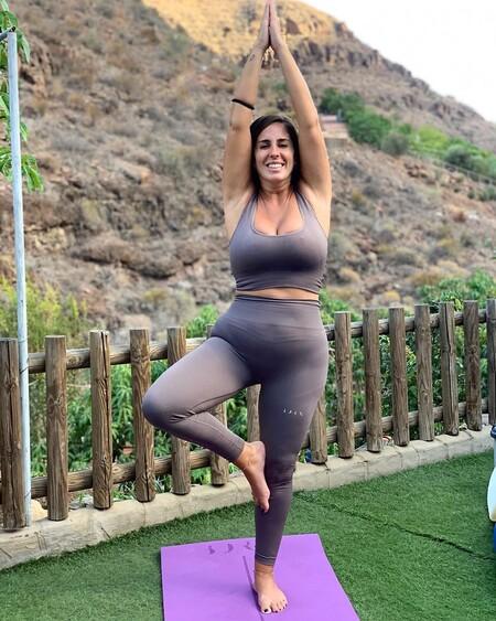 Cristina Pedroche ya no es la única que te hace contorsiones en Instagram: Anabel Pantoja se nos ha hecho yogui