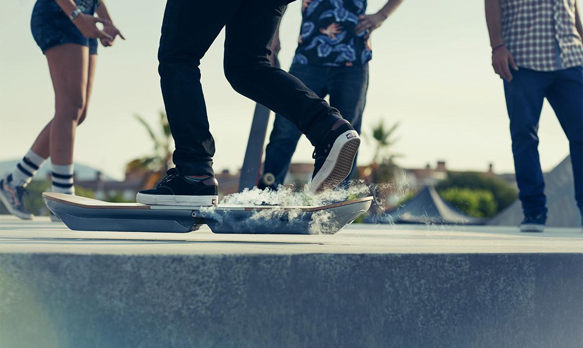 Foto de Lexus Hoverboard (9/22)