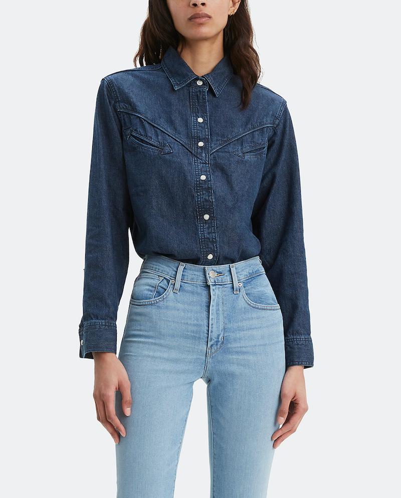Camisa vaquera de mujer Levi's en color azul marino