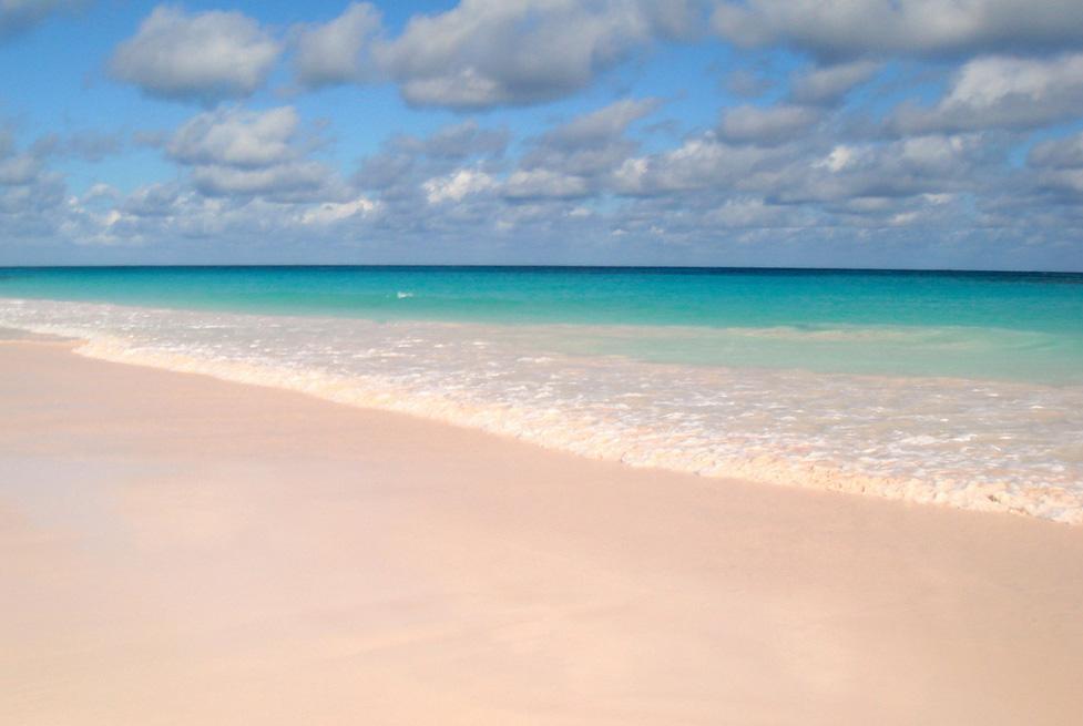 Te Quiero Arena De Playa A Orillas Del Mar Fotos De: 6 Playas De Arena Rosa Repartidas Por El Mundo