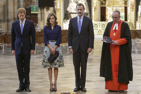 Doña Letizia repite look en su segundo día en el Reino Unido