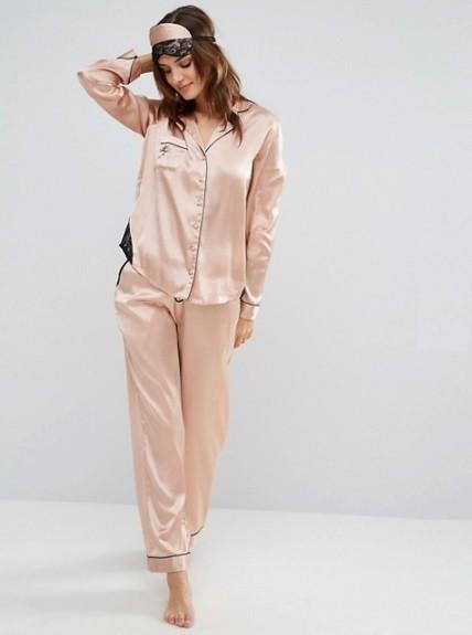 Pijama rosa de Asos