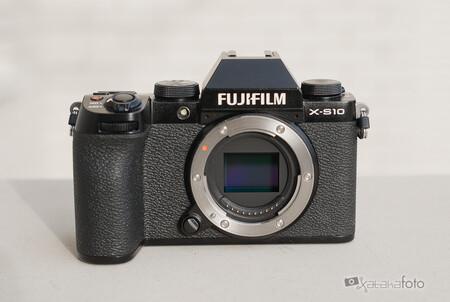 Fujifilm X S10 14