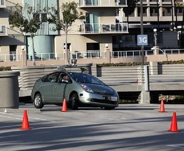 California empezará a emitir licencias de circulación para vehículos autónomos