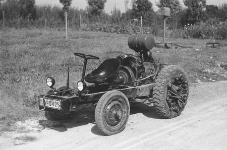 La curiosa historia de los 'red noses', los tractores del pueblo (Volks-Tractor) creados por Porsche