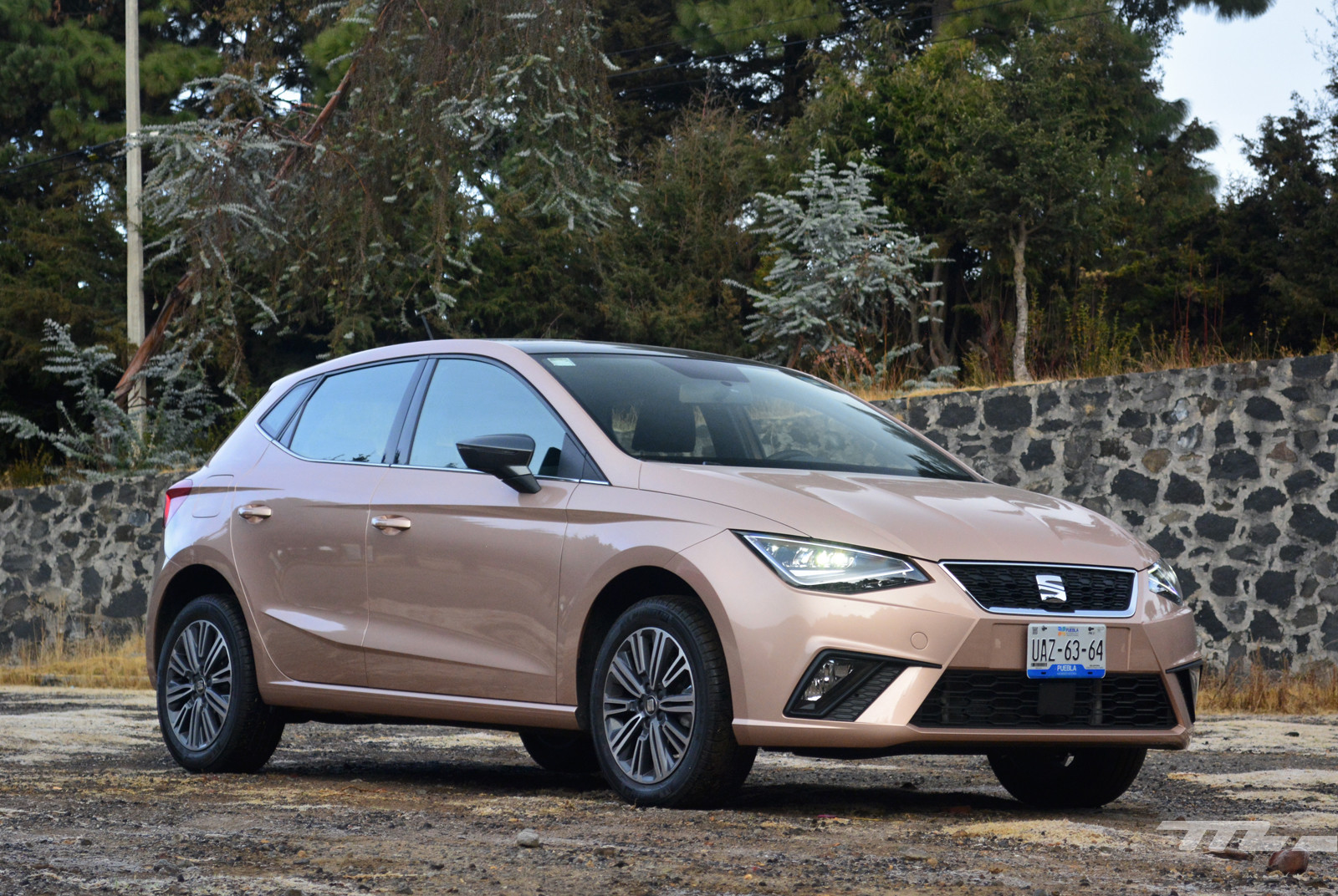 Foto de SEAT Ibiza vs. Suzuki Swift vs. KIA Rio vs. Mazda2 (comparativa) (13/20)