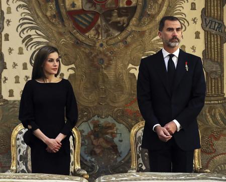Así han sido los dos últimos looks de Doña Letizia: uno acertado y otro desastroso