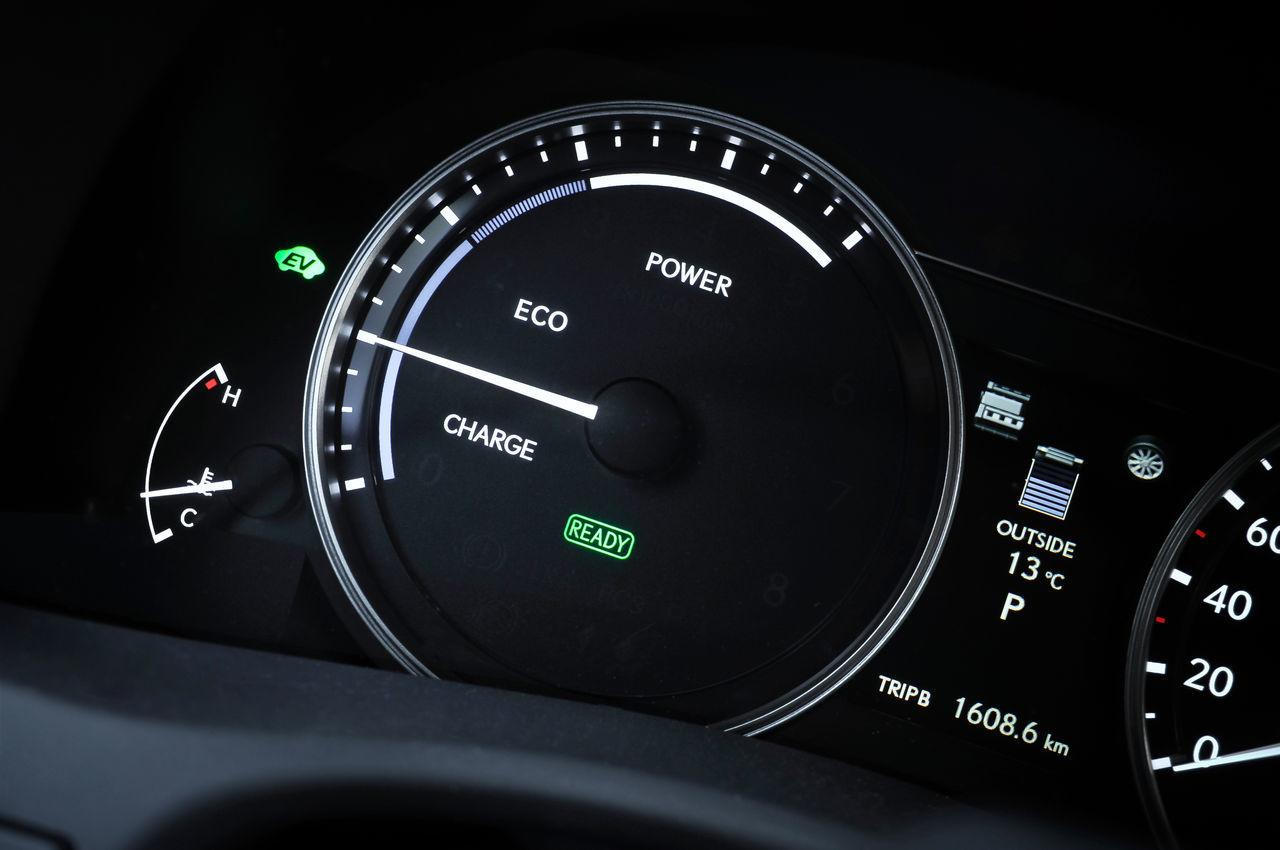 Foto de Lexus GS 450h (2012) (35/62)
