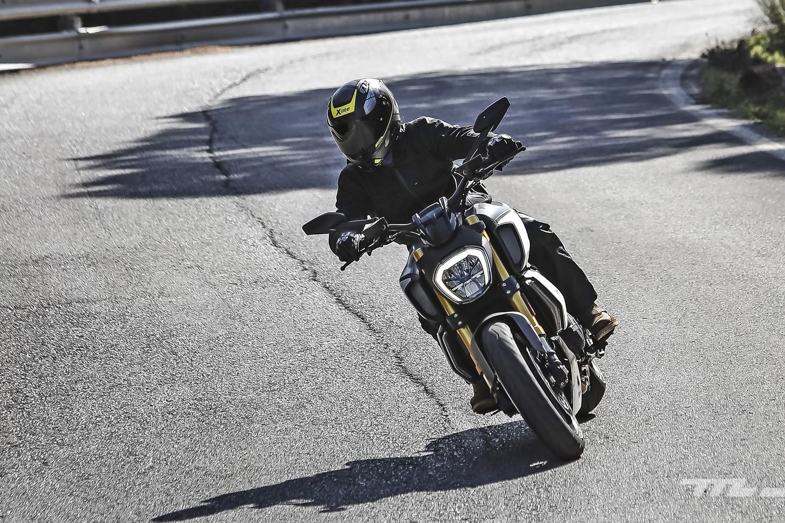Foto de Ducati Diavel 1260 S 2019, prueba (5/59)