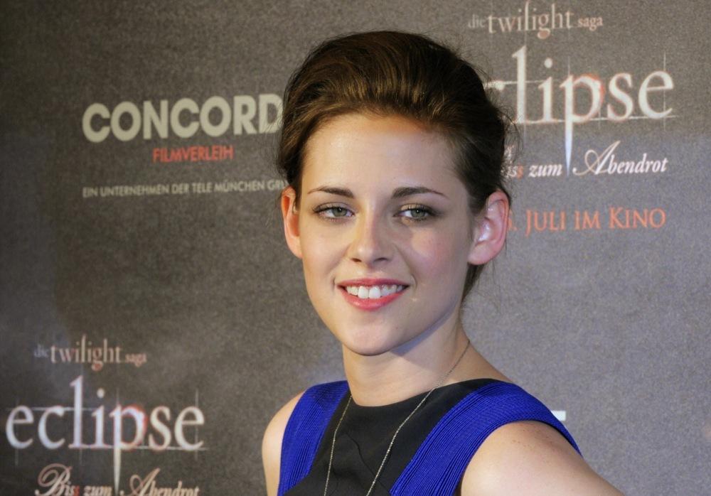 Foto de Más looks de Kristen Stewart presentando lo nuevo de 'Crepúsculo', 'Eclipse': en busca del estilo (16/18)