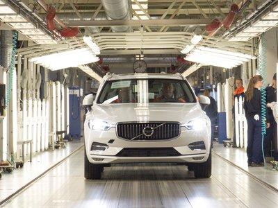 El coqueto y tecnológico nuevo Volvo XC60 ya ha comenzado a fabricarse en Torslanda