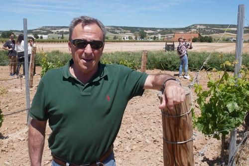 Es uno de los mejores enólogos de España, pero su mayor reto ha sido producir un vino sin alcohol que sea bebible