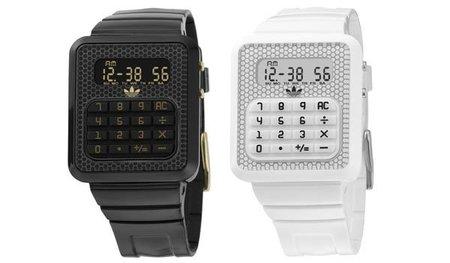 Adidas Originals se suma a la moda de los relojes calculadora
