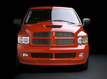 Dodge Ram Srt10 2004 1600 0e