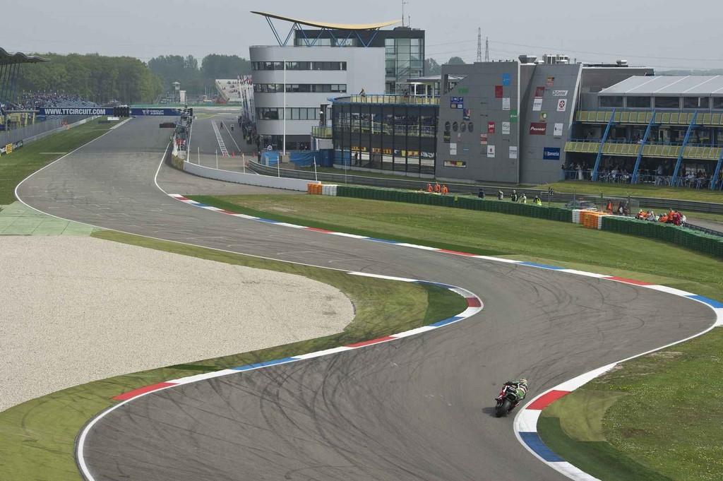 ¿Veremos coches en la catedral del motociclismo? ¡Quieren un Gran Premio de Fórmula 1 en Assen!