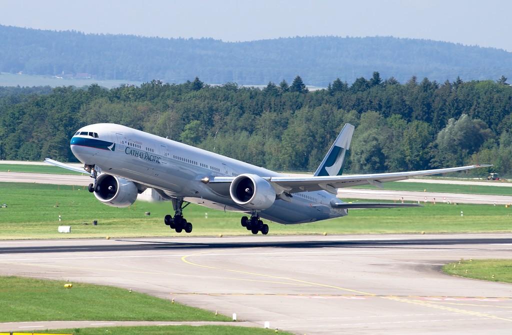 La interferencia de los móviles aún representa un posible riesgo de seguridad en algunos aviones de Boeing